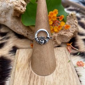 Sterling Silver Claddagh Ring Size 7,8